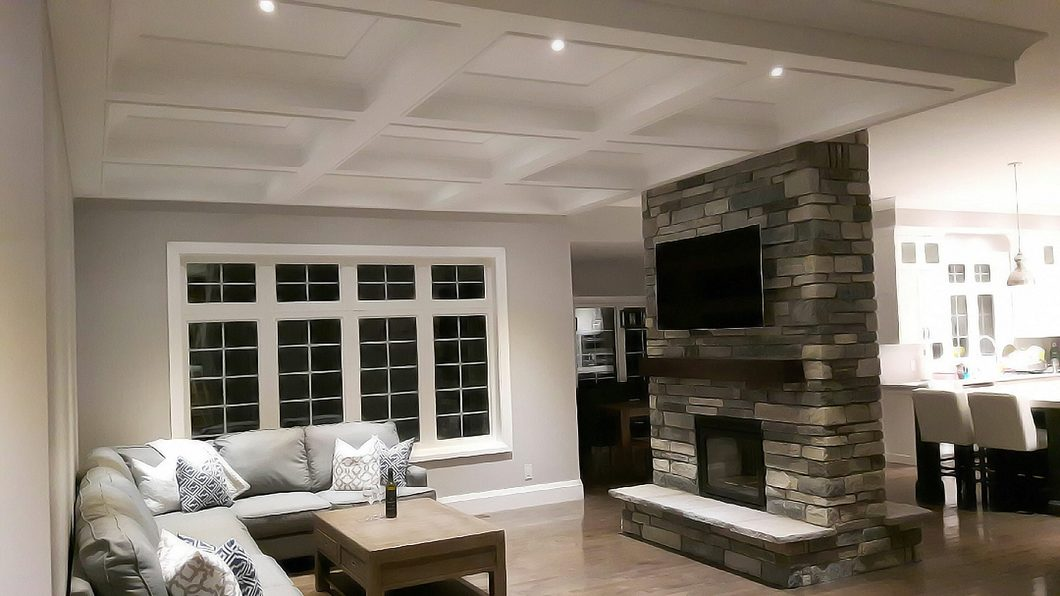 Living Space with Metrie Moulding