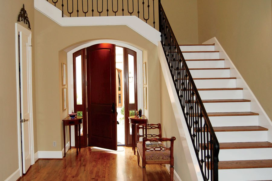Entrance with moulding - before - Architectural Digest