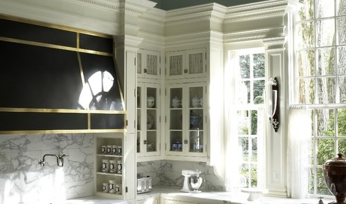 Traditional kitchen with layered crown moulding
