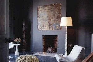 Dark wall & crown moulding - Skonahem Sophie Burke