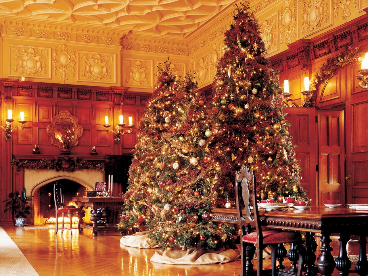 stay warm cozy this holiday season - The Dining Room Biltmore Estate