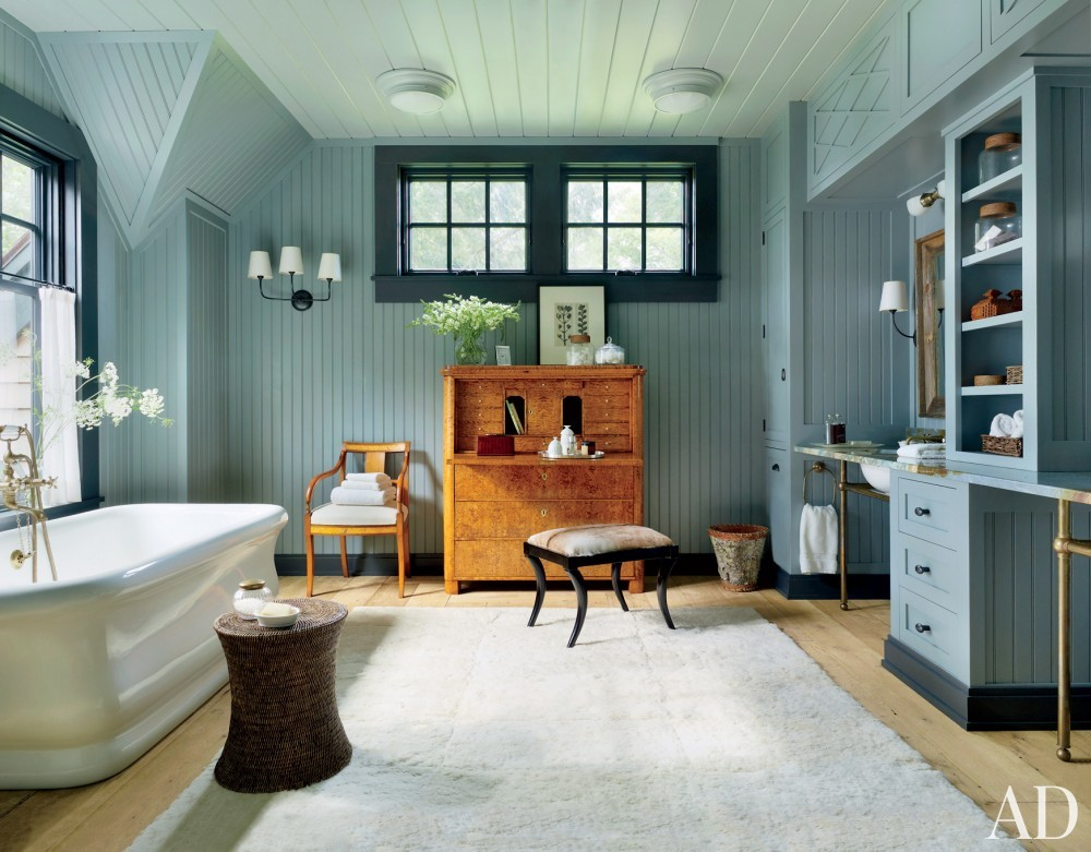 A rustic bathroom by Thom Filicia via Architectural Digest (Photography: Pieter Estersohn)