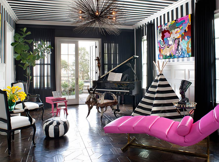 Gorgeous black and white trim in Kourtney Kardashian's piano room. Source: InStyle