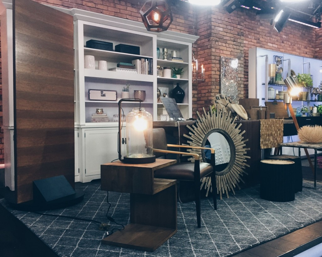 Andrew Pike Wows with Wood on The Marilyn Denis Show featuring the Metrie Very Square rift-cut White Oak door.