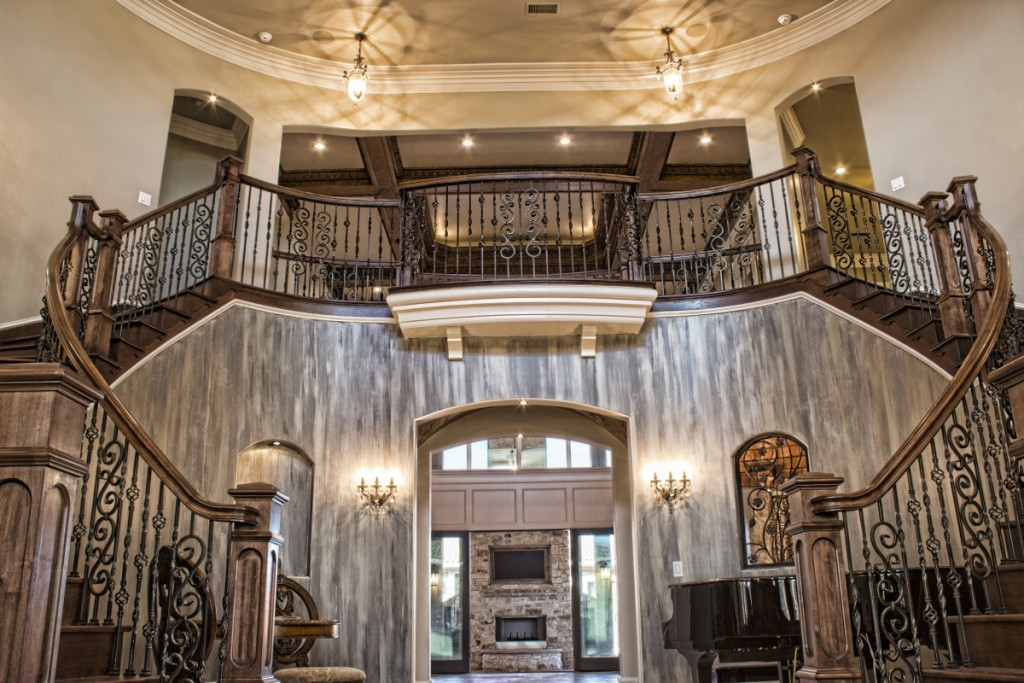 Grand foyer of Parade of Homes built by Score Builders featuring Metrie Fashion Forward interior finishings. Photography: Just Jess Photography