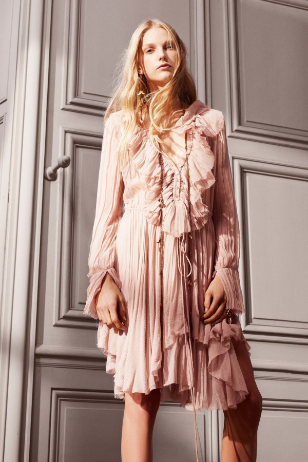 We are swooning over the interior finishings in Chloe's pre fall 2016 collection. Source: Vogue.