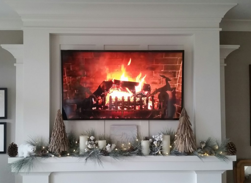 Optimized-Eaton Holiday Mantel