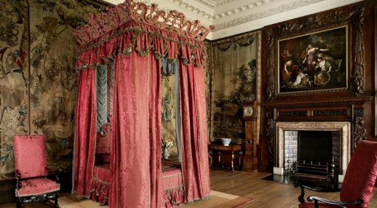 Take a moment to admire the interior finishings in Queen Elizabeth's Holroodhouse. Image Source: VisitScotland