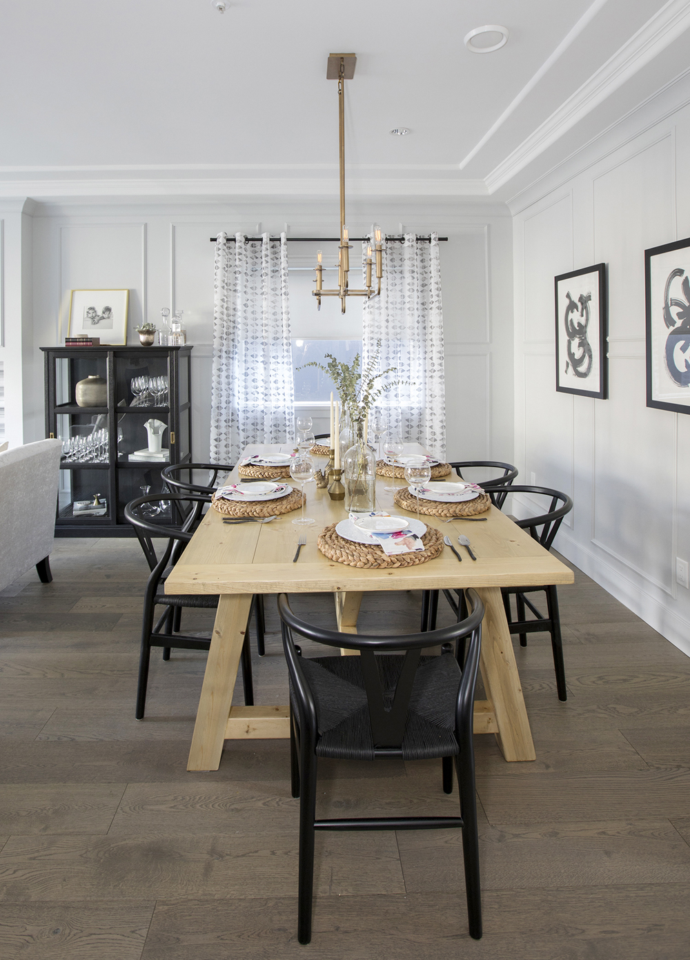 A close up of Elaina and Brian's newly renovated space after Jillian Harris has worked her magic. Featuring Metrie's Very Square Scene II baseboards. Image Source: HGTV Canada.
