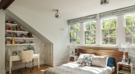 Beautiful traditional bedroom with fabulous contemporary additions.