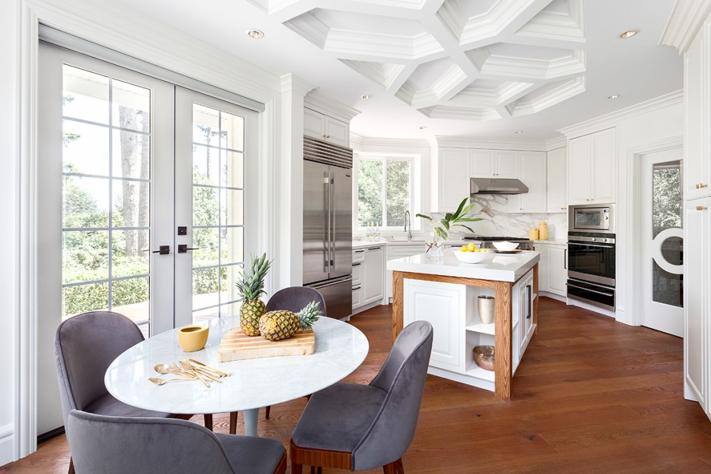 House of Bohn creates a beautiful, contemporary #AllWhiteEverything kitchen which boasts an extravagant coffered ceiling which uses trim elements from Metrie's Fashion Forward Collection.
