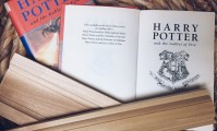 Explore the interior finishings in Harry Potter.