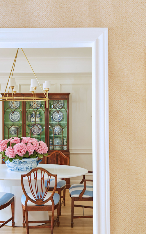Jennifer shares her design picks, including moulding, fabric, and outlets.
