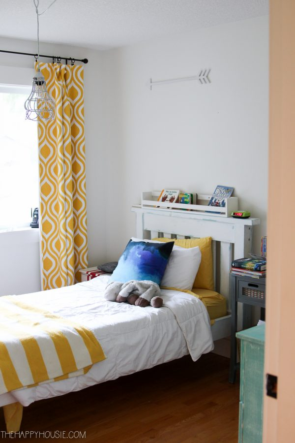 Happy Housie's Krista, is putting a nautical twist on her son's room, for the One Room Challenge