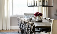 We love how crown moulding really finishes this space!