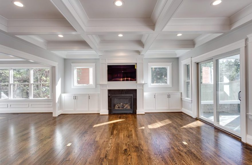 Sharp lines carry through this entire space, from the coffered ceiling to the interior finishings.