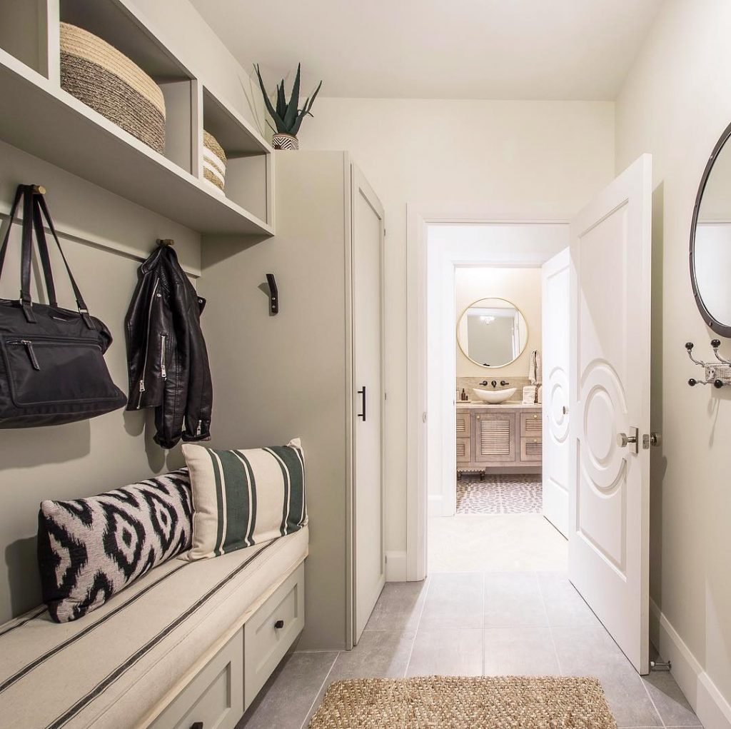 Bowers Construction uses the solid Fashion Forward interior door to accent this mudroom