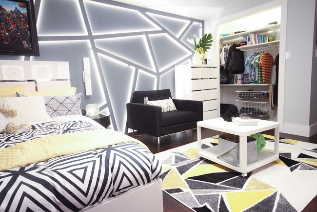 Tash & Kes created an amazing geometric feature wall inside this bedroom