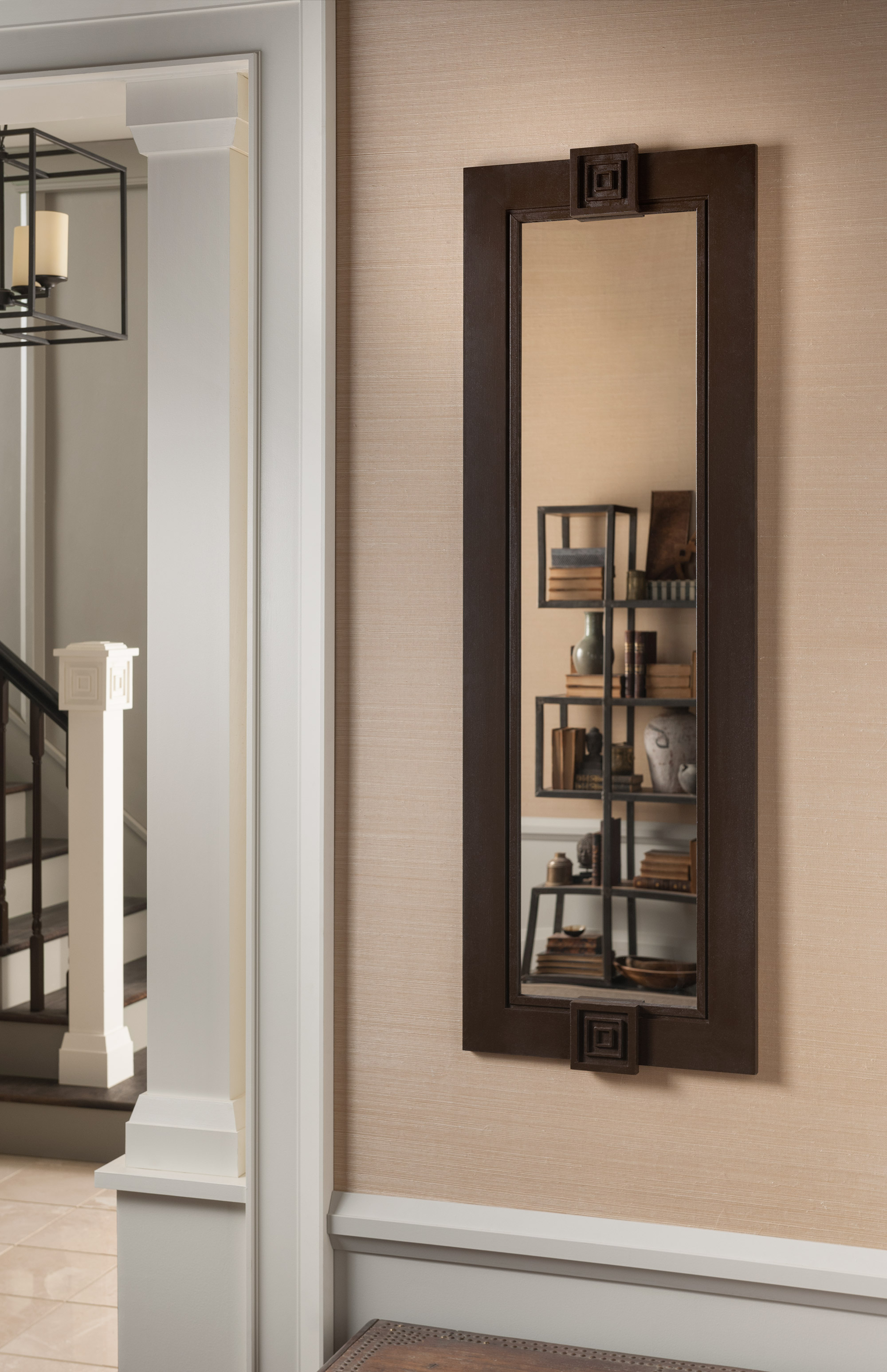 Frame a bathroom mirror with molding - Frame A Mirror With Casings And Ikons To Add An Asian Zen Feel To A Room